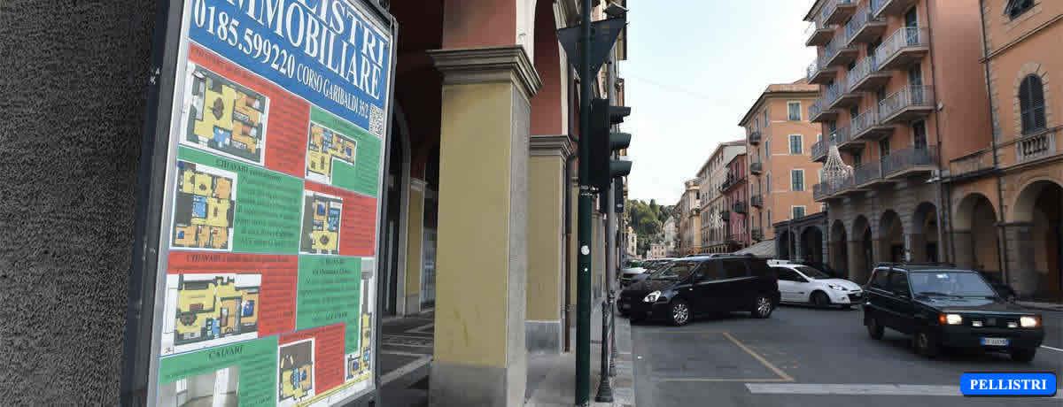 Il nostro spazio espositivo Angolo Corso Garibaldi – Corso Assarotti