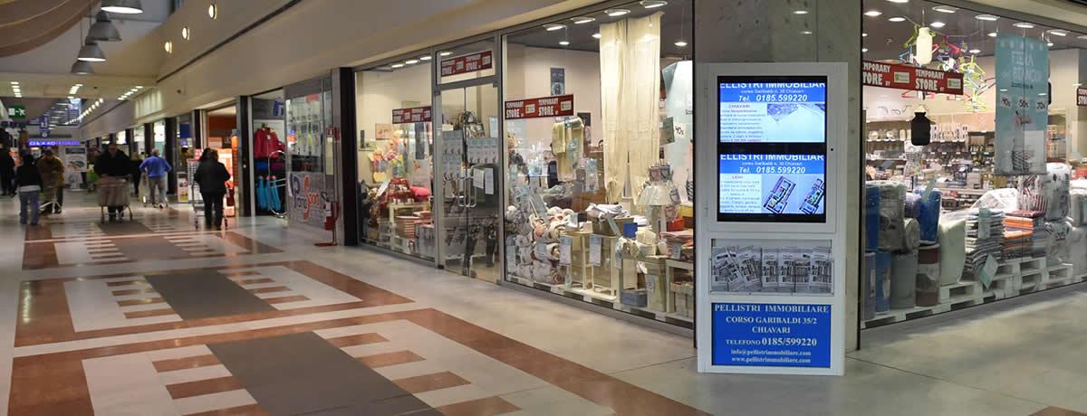Il nostro spazio espositivo presso il centro commerciale Ipercoop